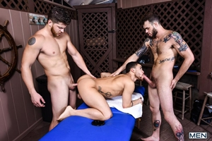 Couples Massage Part 2 – Ashton McKay, Beaux Banks & Cliff Jensen