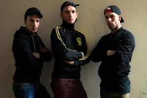 EricVideos - Maxence, Roman Tik, Wicked - Meeting at the glory hole