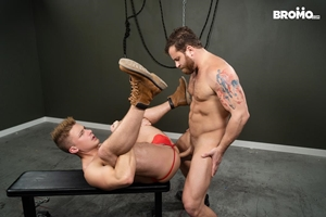 Jake Porter, Riley Mitchel - Pretty Boy Fucked