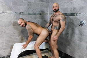 Atlas Grant, Julian Torres – Wet Bears