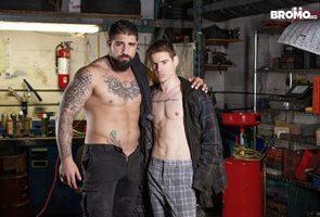 Ryan Bones, Lev Ivankov - Gonzo Garage