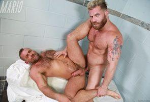 Riley Mitchel, Jacob Woods - Sauna Beef
